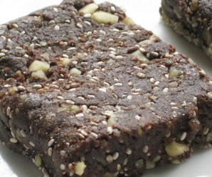chocolate chia survival bars