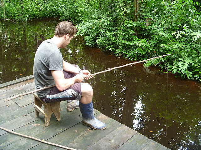 How to Make Fishing Rods in the Wild