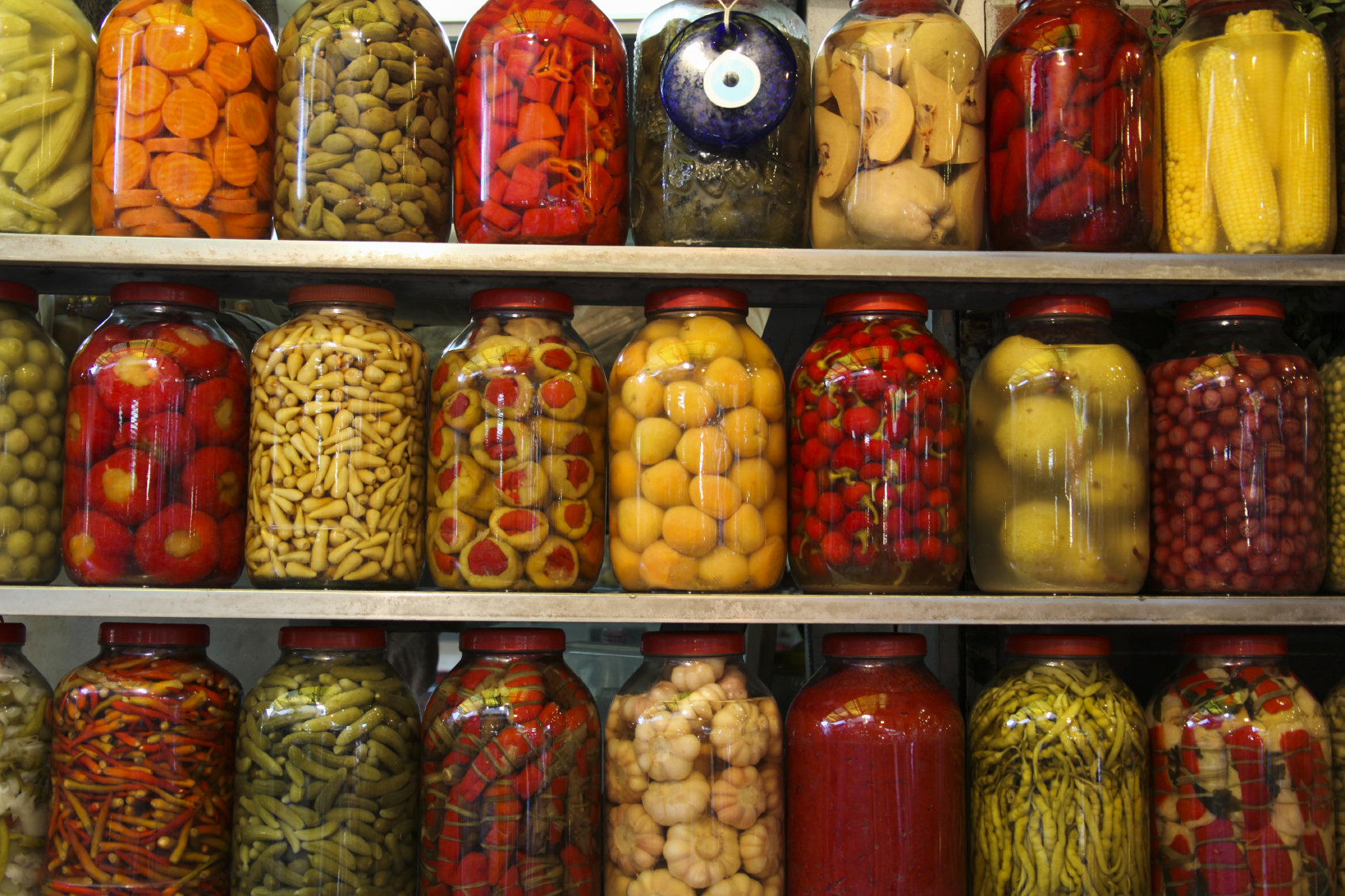 Dangers of Eating Canned Food (and How to Reduce The Risks)